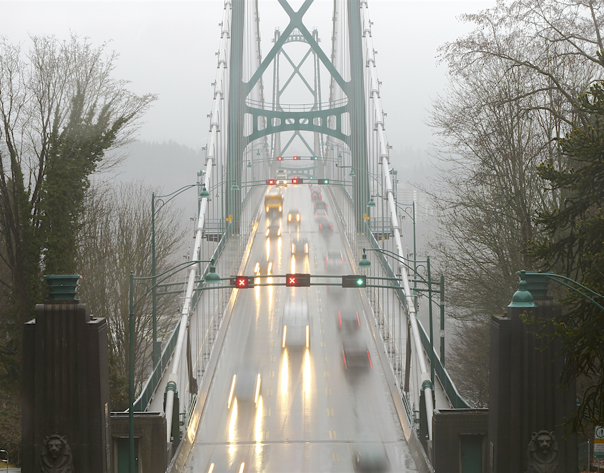 Vancouver, Lions Gate Bridge Traffic